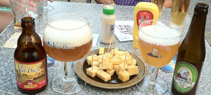 cervezas-y-queso-un-basico