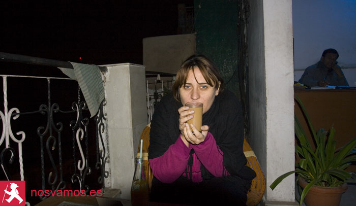 Tomando una chai en Nueva Delhi