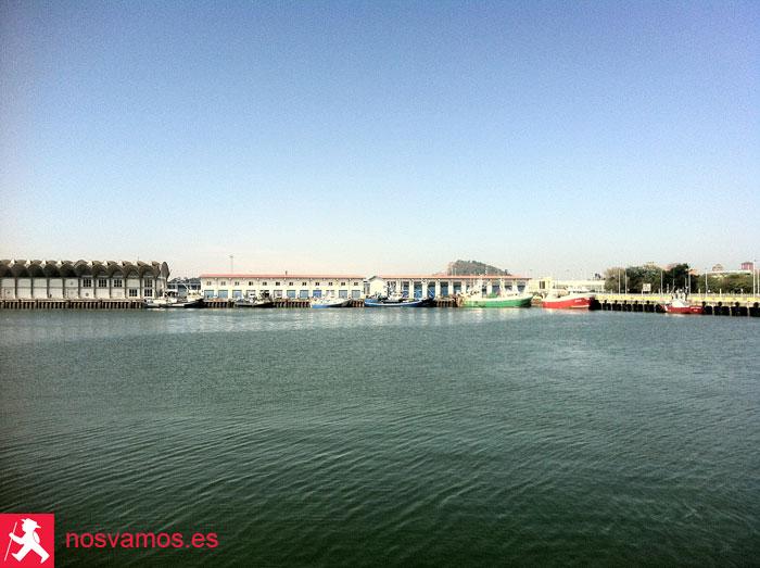 Vista de la Lonja de Santander desde el Barrio pesquero