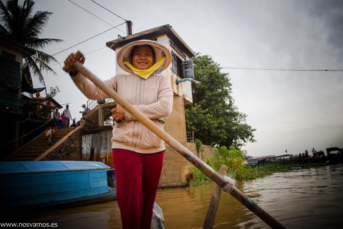 Nuestra barquera, aquí son las mujeres las que se encargan de los barcos