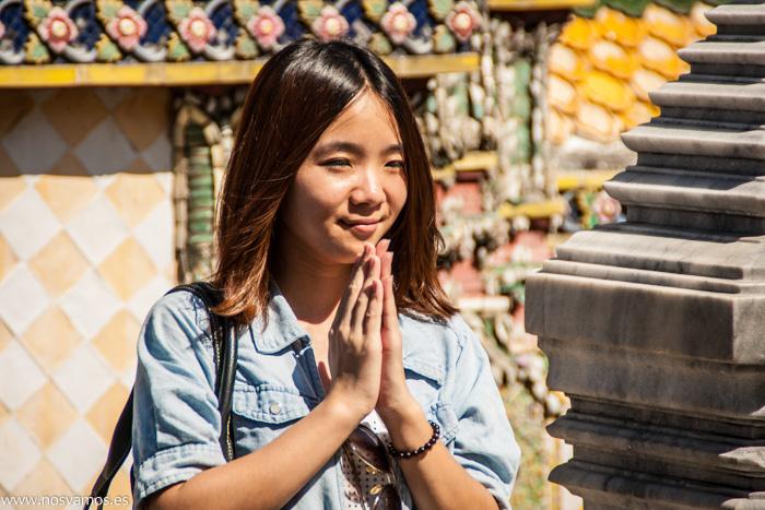 Ante todo rezar, que Budas hay unos cuantos