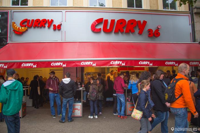 Curry 36, el puesto más famoso para comer el Currywurst