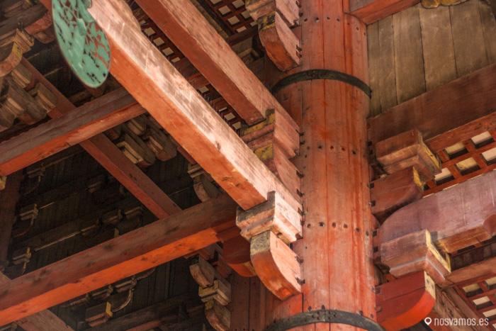 Detalle de la construcción interior en madera