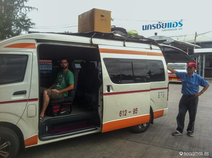 La furgoneta que nos llevaba desde Chiang Mai a Pai