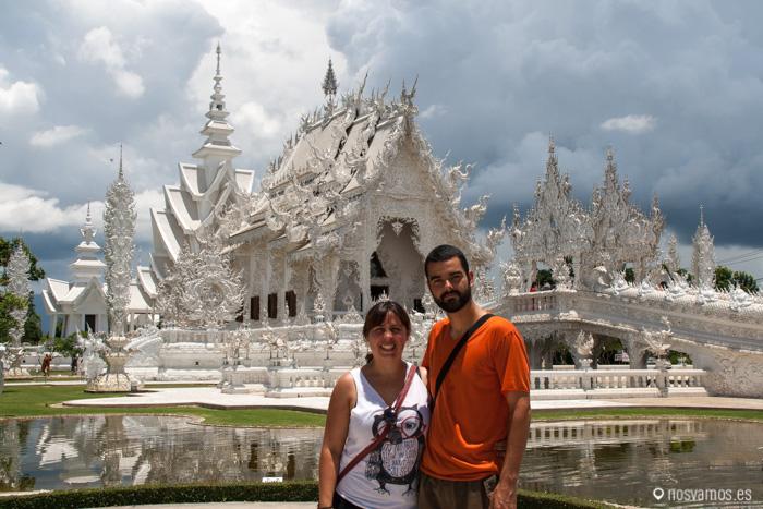 En el Templo Blanco de Choang Rai. Wat Rong Khun