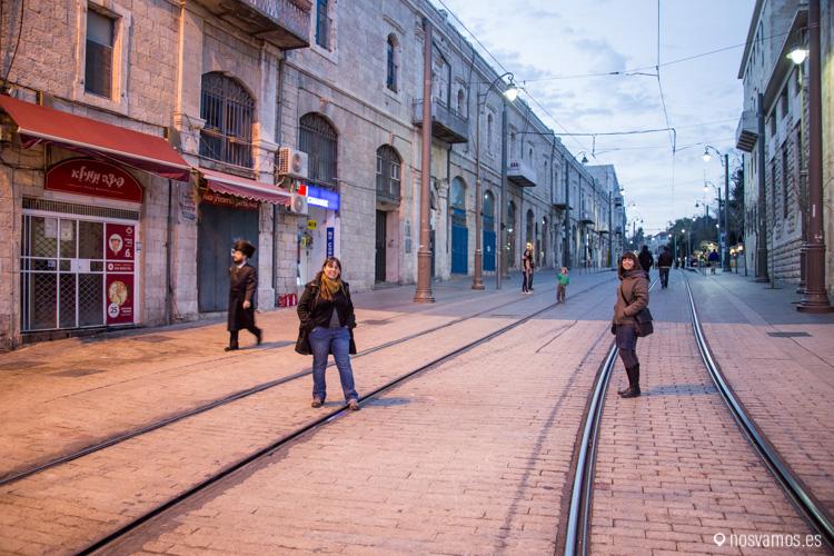 La línea verde en Jerusalén pasa por la línea del Tranvía, Ruth está en Israel y nuestra amiga Estela está en Palestina