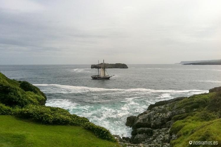 Una de las mejores vistas desde la Magdalena, el faro de Mouro